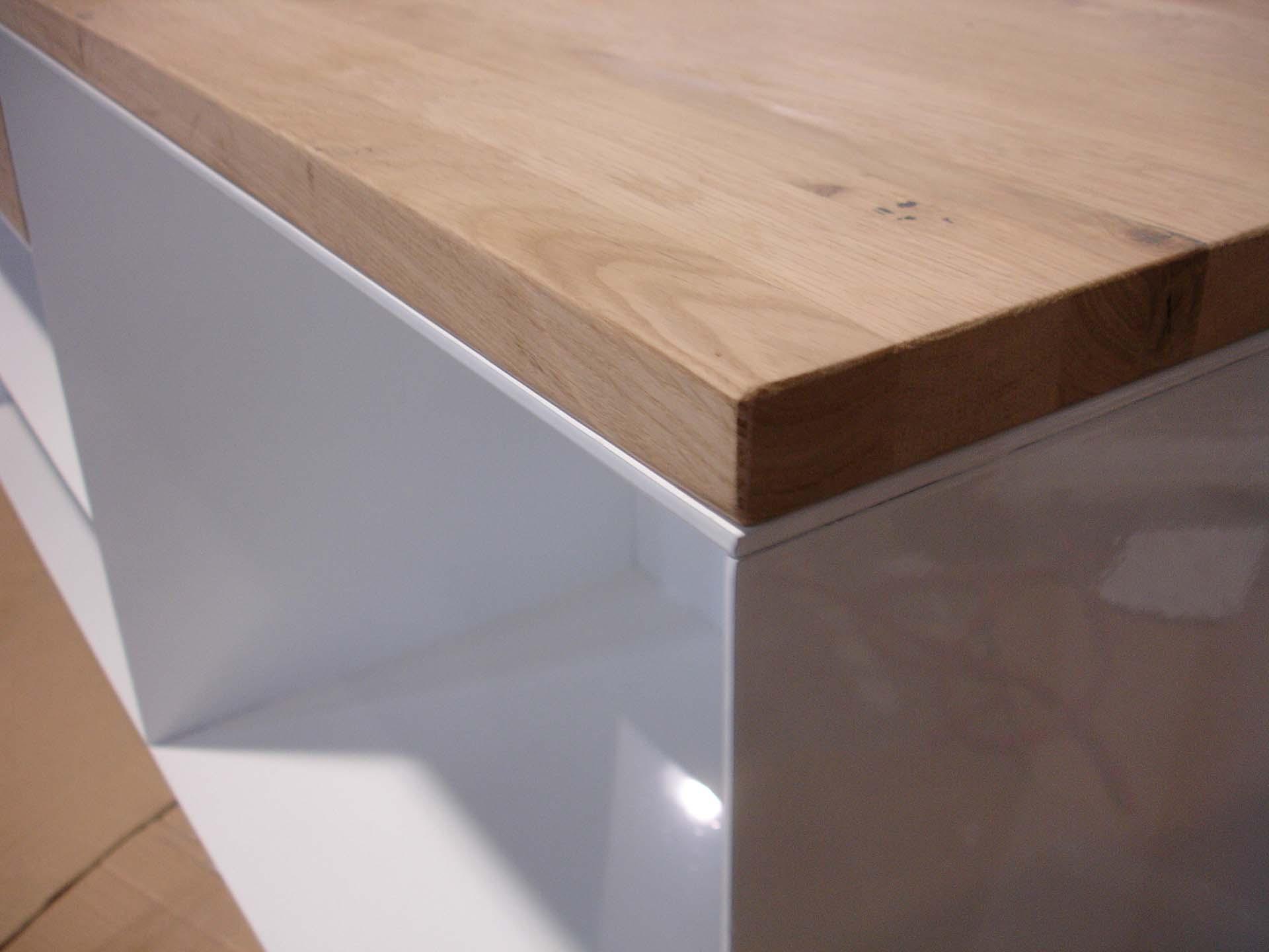 design-metallmoebel-stahlmoebel-sideboard-mit-schublade-stahl-holz-eiche-kaminholz-aufbewahrung-brennholzregal-wohnzimmer-innen-außen