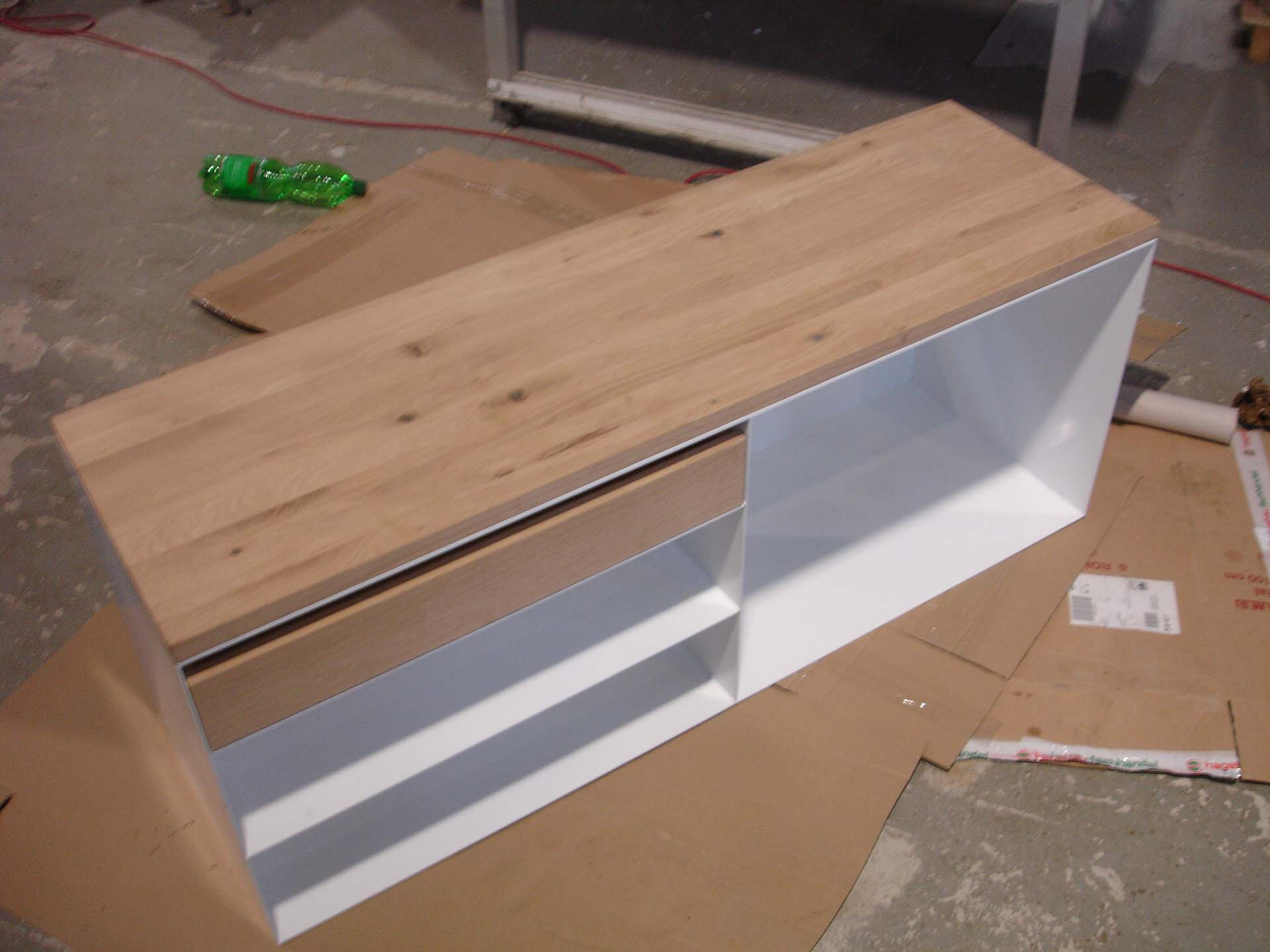 sideboard-sideboards-eiche-nussbaum-buche-holz-schwarz-weiß-hochglanz-ahorn-akazie-design-modern